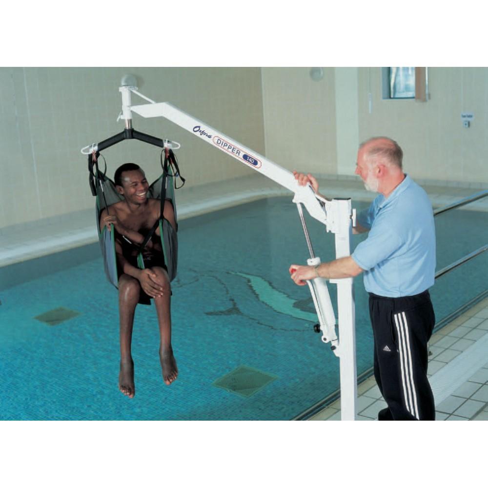 Oxford Dipper Manual Pool Hoist With Spreader Bar