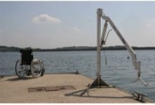 Pool hoist for Sailing Clubs